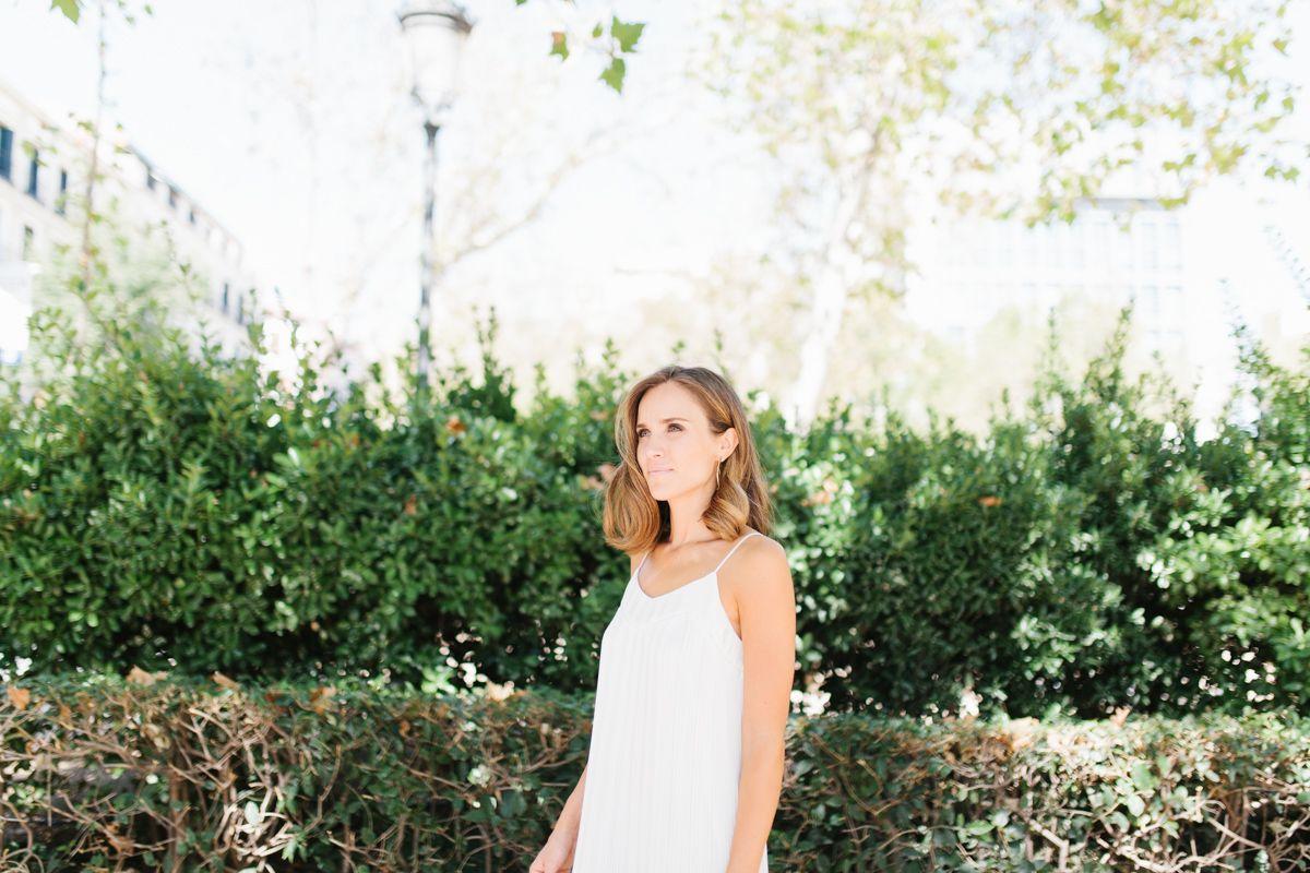 calista-one-lista-de-bodas-online-blog-de-bodas-bossanova-looks-invitadas-vestido-blanco-3
