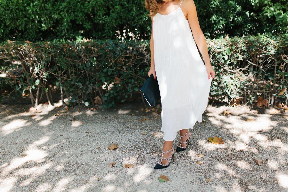 calista-one-lista-de-bodas-online-blog-de-bodas-bossanova-looks-invitadas-vestido-blanco-5