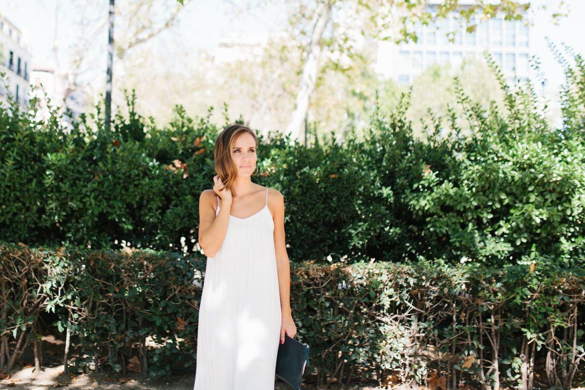 calista-one-lista-de-bodas-online-blog-de-bodas-bossanova-looks-invitadas-vestido-blanco-6