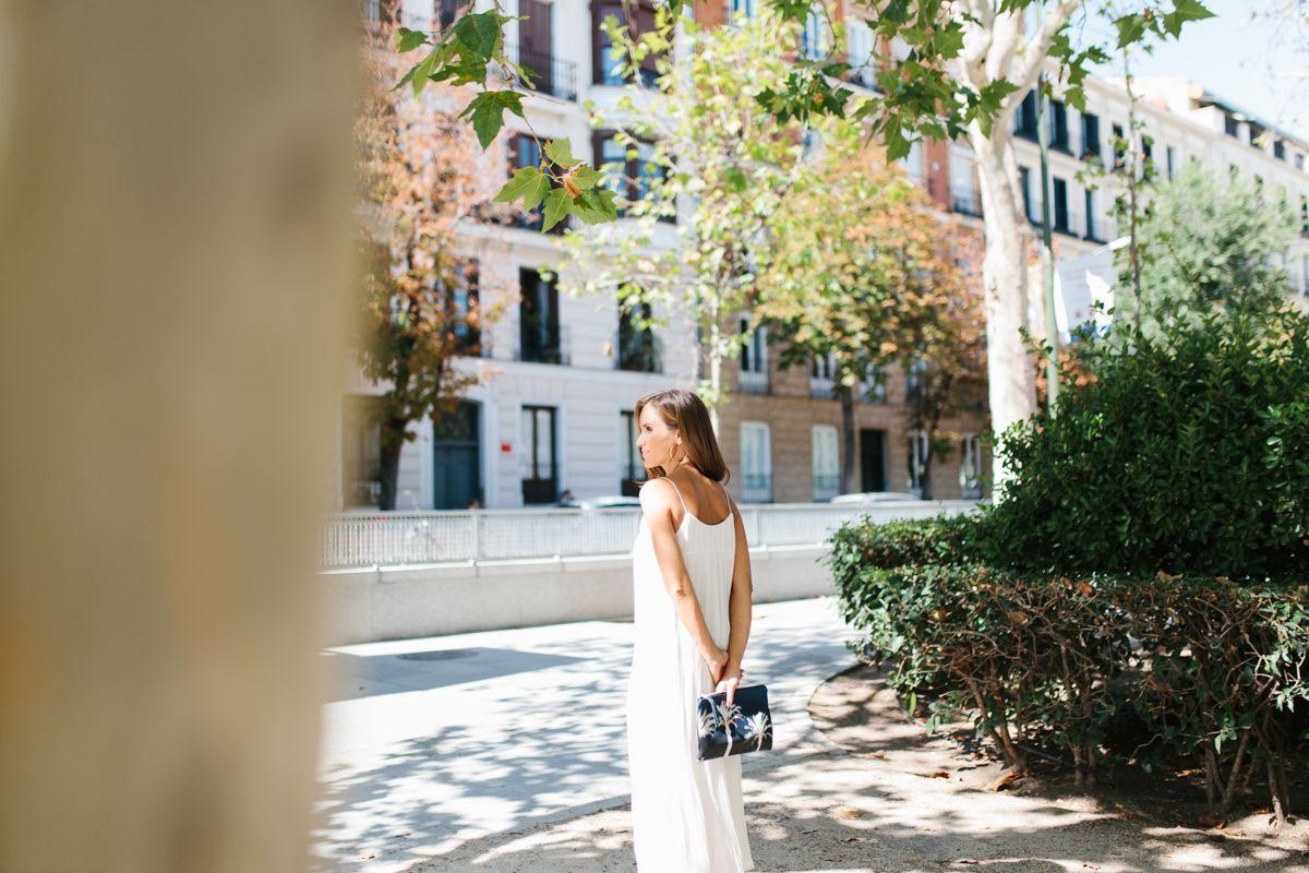 calista-one-lista-de-bodas-online-blog-de-bodas-bossanova-looks-invitadas-vestido-blanco-7