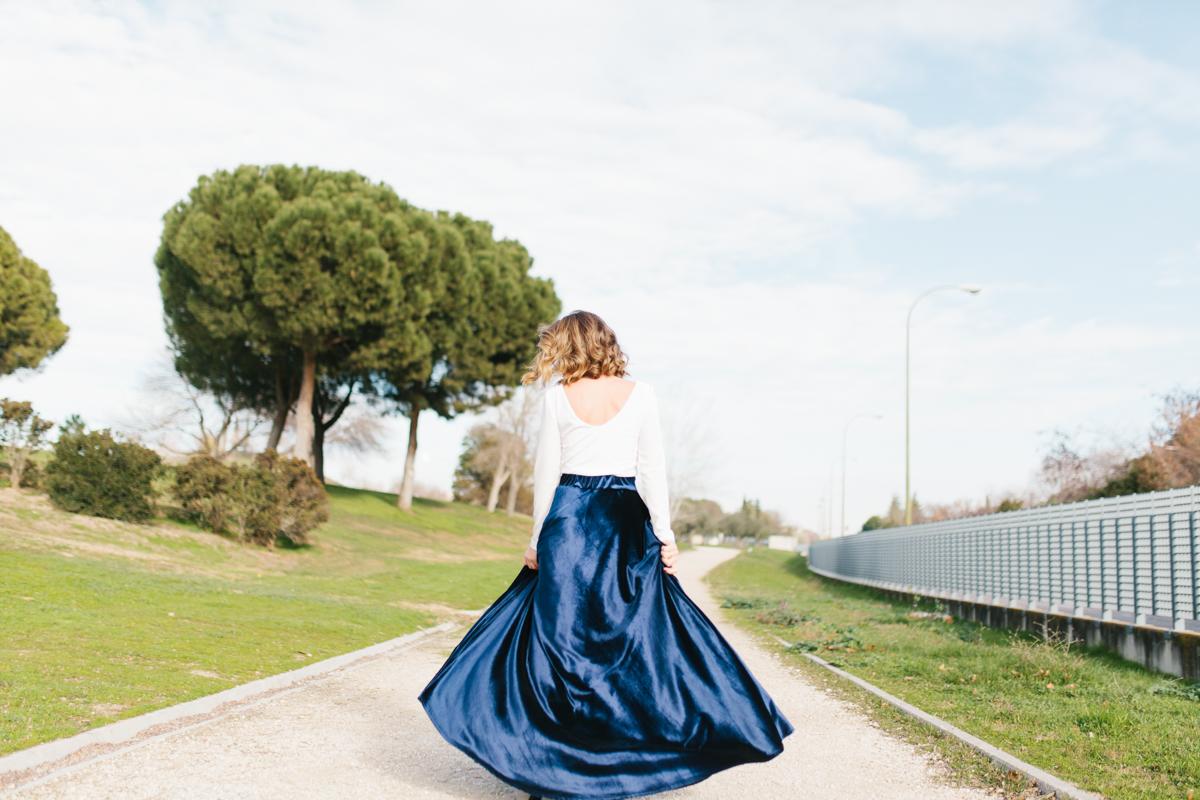 calista-one-blog-lista-de-bodas-online-invitada-perfecta-falda-terciopelo-6