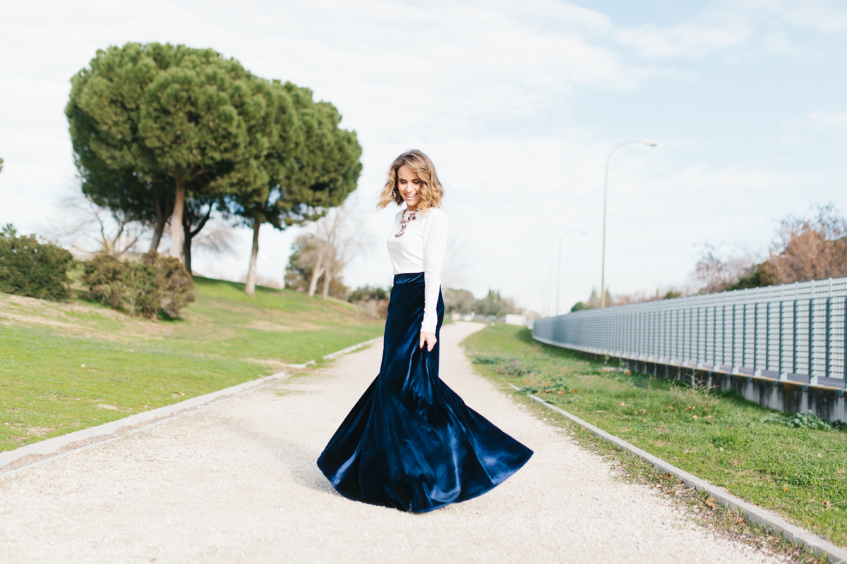 calista-one-blog-lista-de-bodas-online-invitada-perfecta-falda-terciopelo-7