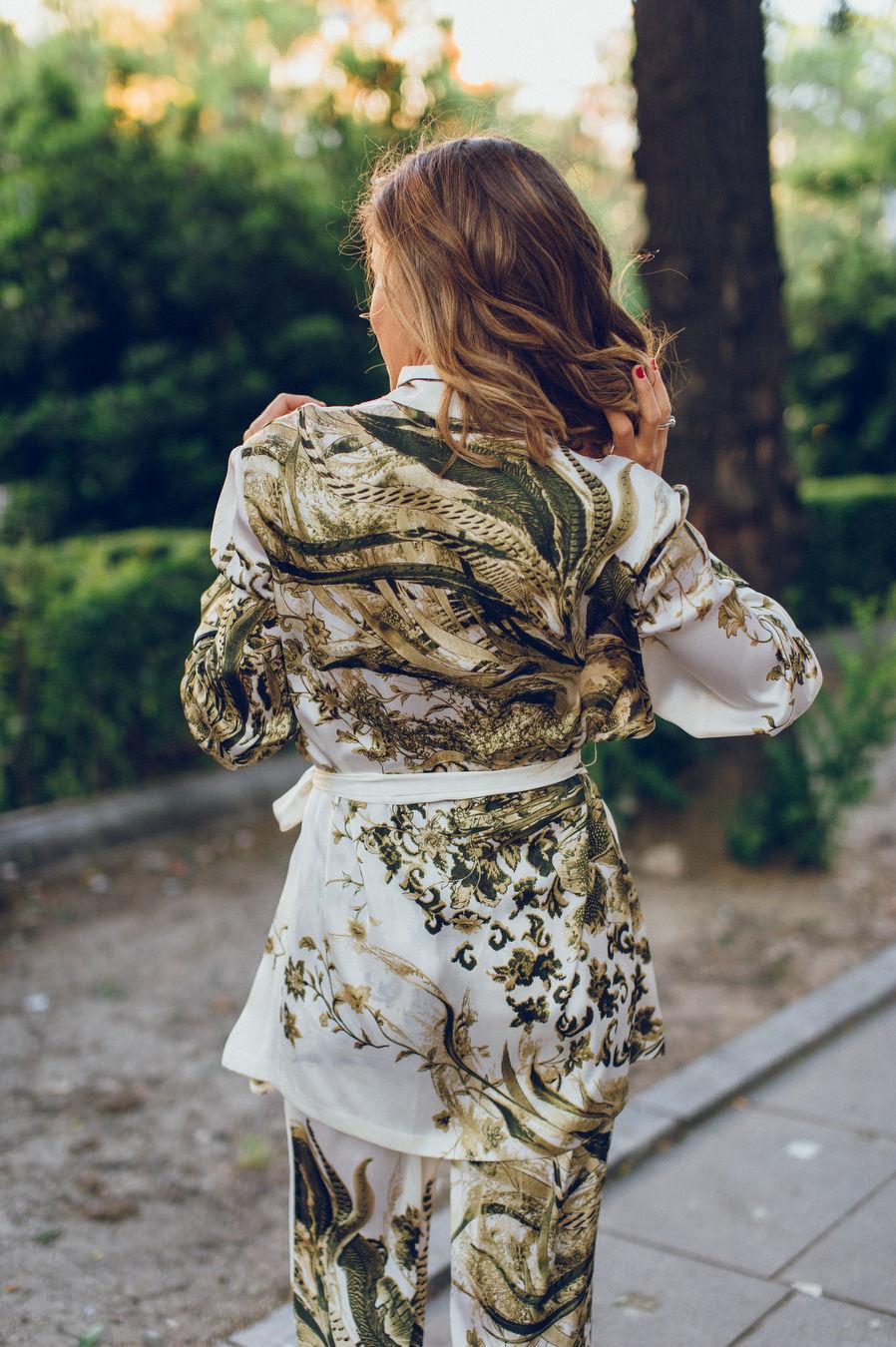 calista-one-lista-de-bodas-online-blog-de-bodas-bossanova-looks-invitadas-adriana-kimono-5