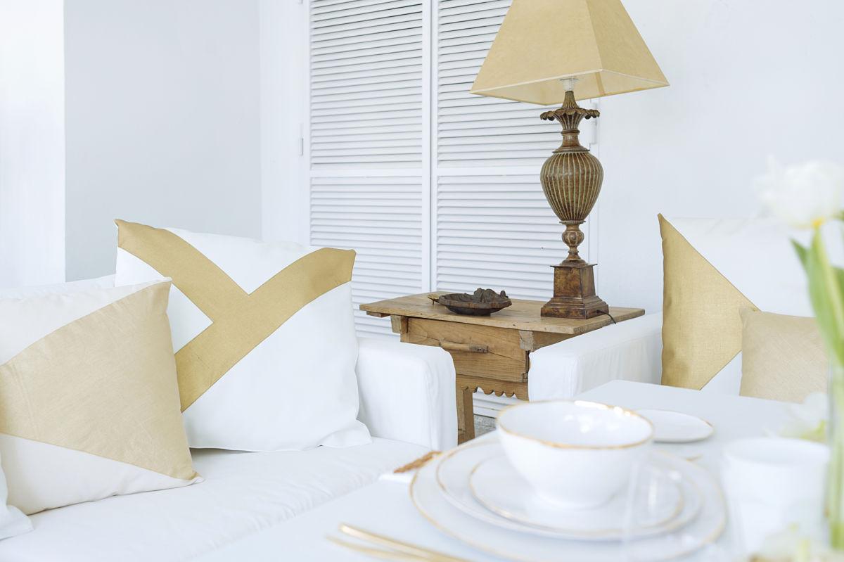 calista-one-lista-de-bodas-online-blog-de-bodas-decoracion-mesa-blanco-y-dorado-111