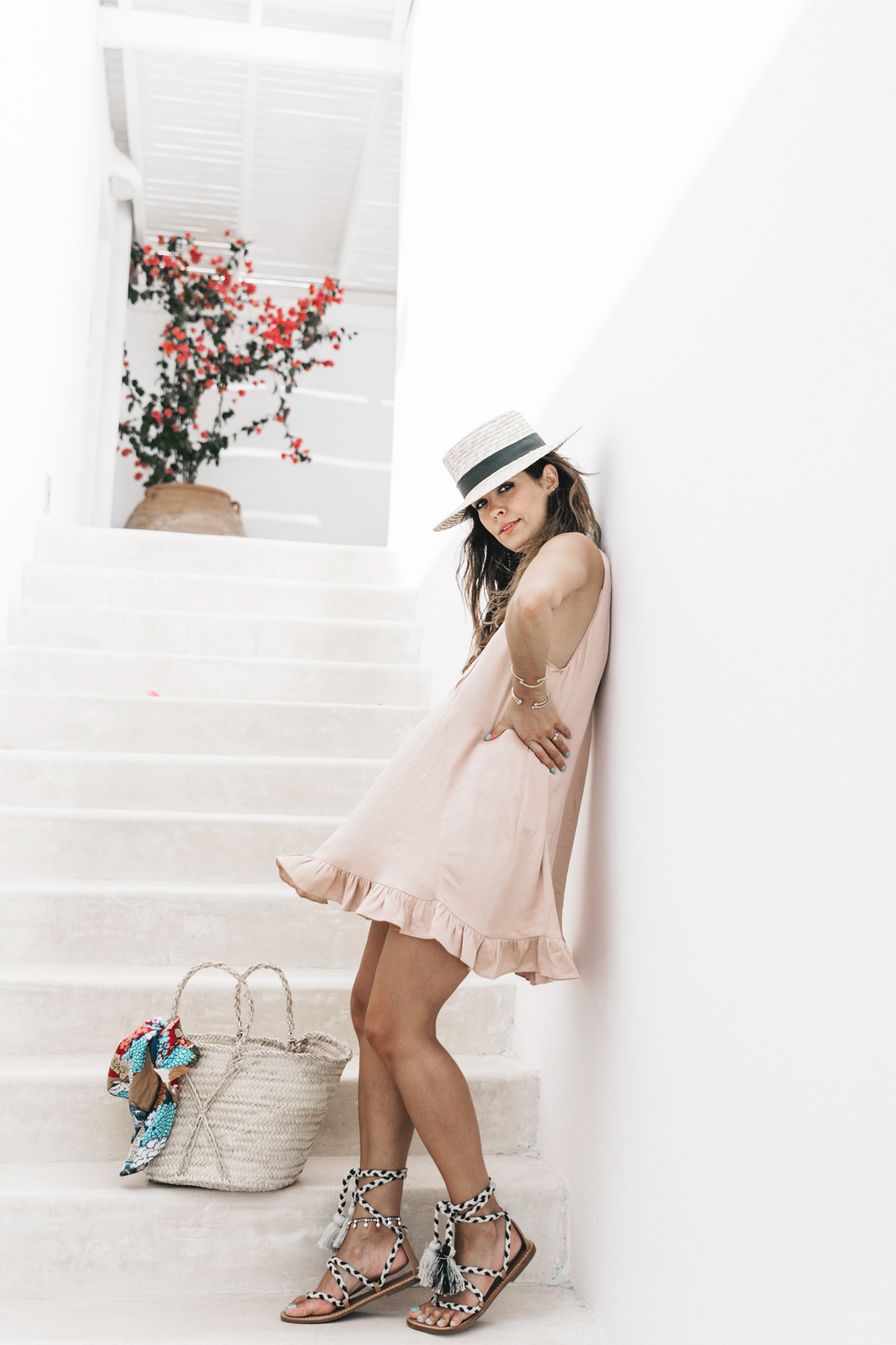 Dress code outfit picnic rosa y verde calista one summer party 17