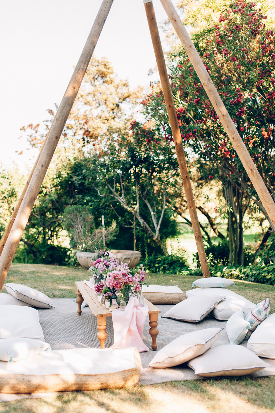 zona chill out cojines suelo tipis 5