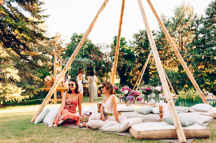 zona chill out cojines suelo tipis 11